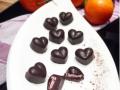 Egal, ob Muttertag oder Valentinstag, diese Low Carb Pralinen kommen immer gut an. Du brauchst dafür auch nur diese sechs Zutaten: